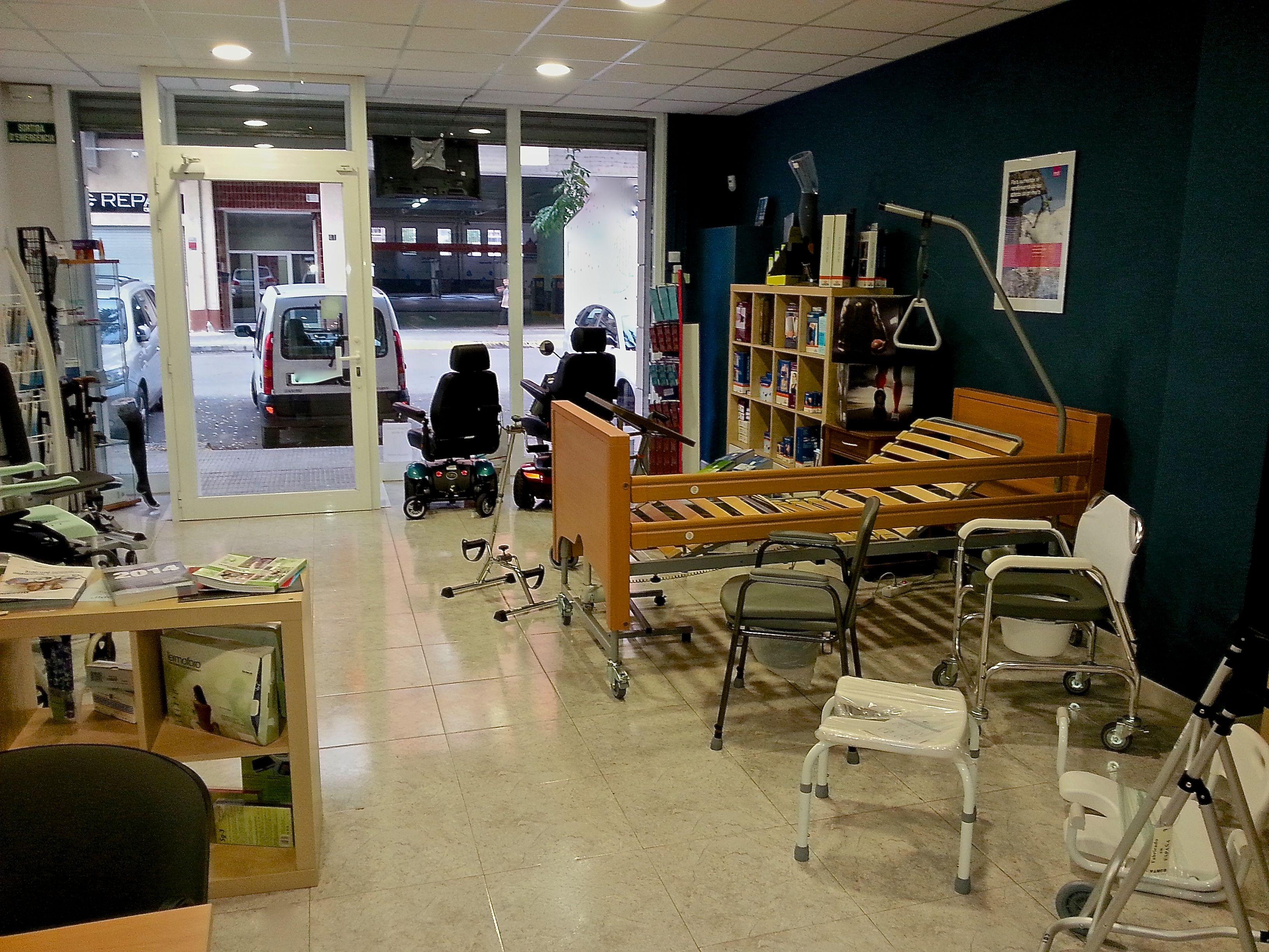 Ortopedia-Lleida-Dissalud-especialistas-en-ayudas-técnicas-para-la-mobilidad-y-el-deporte-973-044-527-C.-Girona-34